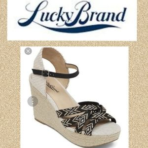 LIKE NEW Lucky Brand Wedges